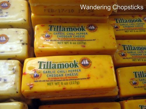 4 Tillamook Cheese Factory - Tillamook - Oregon 11