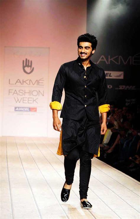 black kurta pajama  men