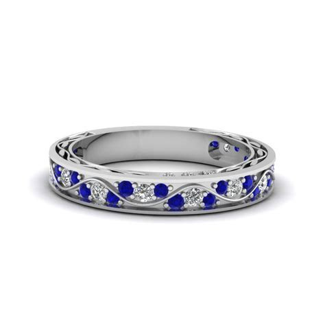 Vintage Looking Pave Diamond Wedding Ring For Women With