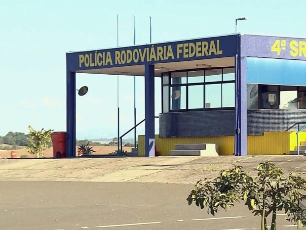 Confusão aconteceu ao lado do posto da PRF de Pouso Alegre (Foto: Reprodução EPTV)