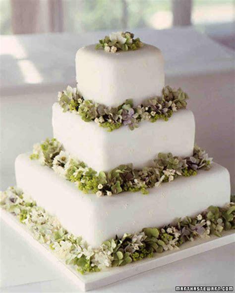 Modern Wedding Cakes   Martha Stewart Weddings