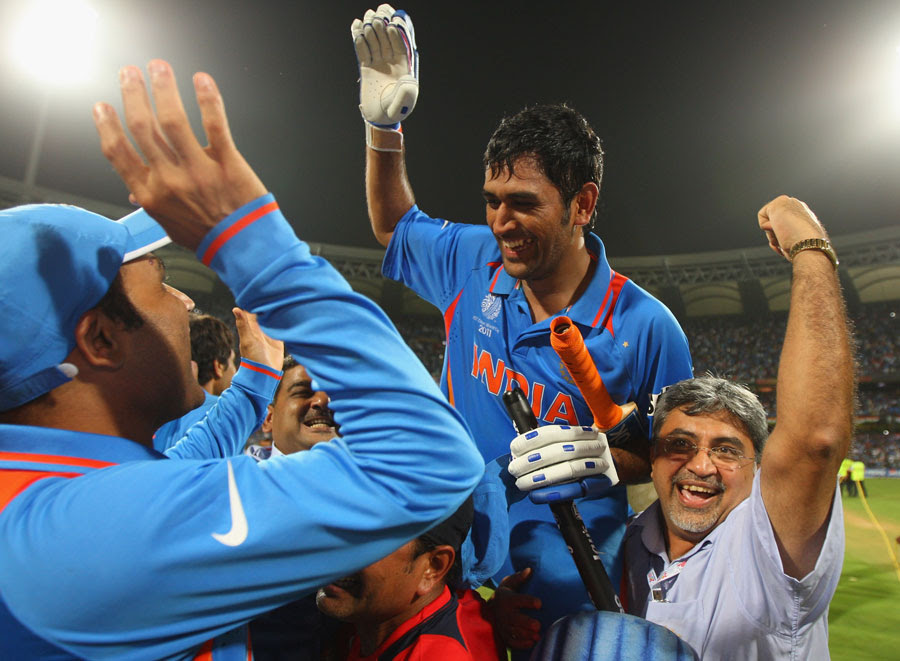 MS Dhoni returns to a hero's welcome after steering India home