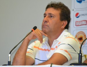 Zé Teodoro, técnico do ABC (Foto: Jocaff Souza)