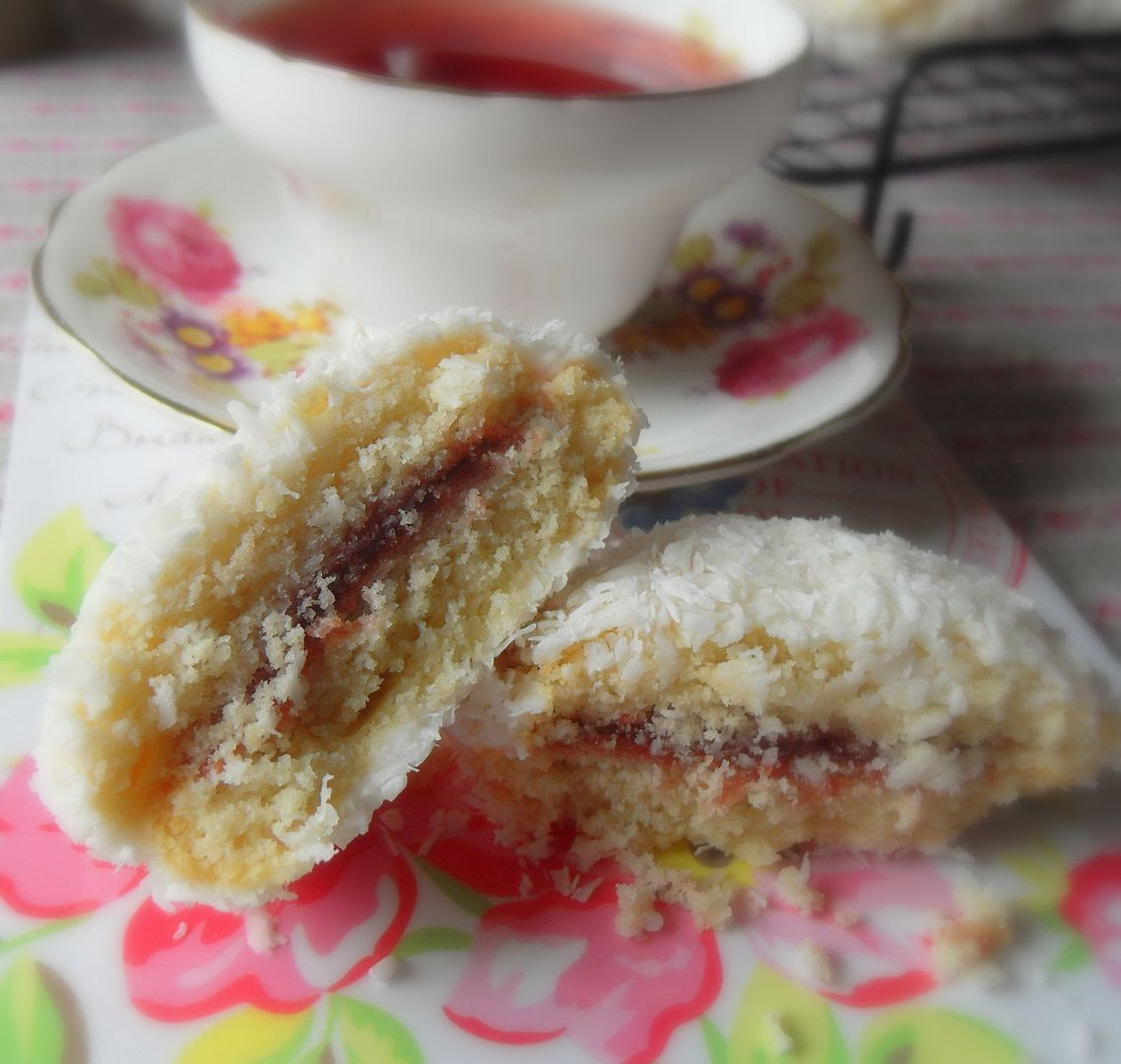 Scottish Snowball Cakes