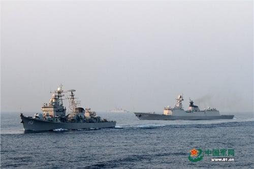 Hình ảnh Hạm đội Trung Quốc tập trận tấn công trên Biển Đông số 1