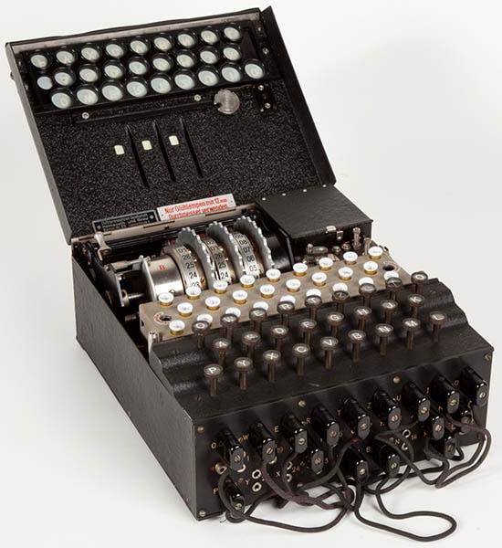 Alan Turing - 01
