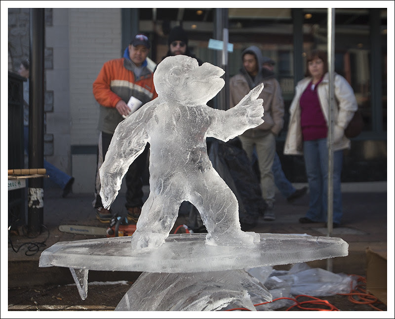 Ice Carving in St Charles 2013-01-26 7
