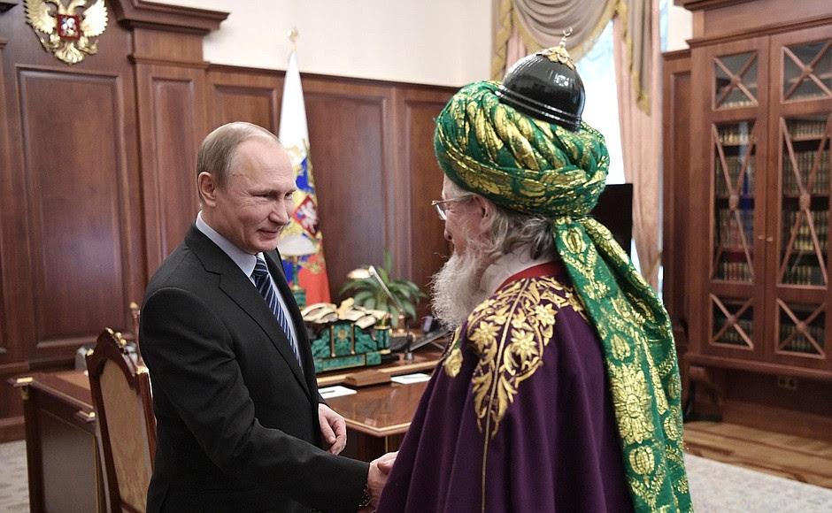 Спредседателем Центрального духовного управления мусульман России Талгатом Таджуддином.