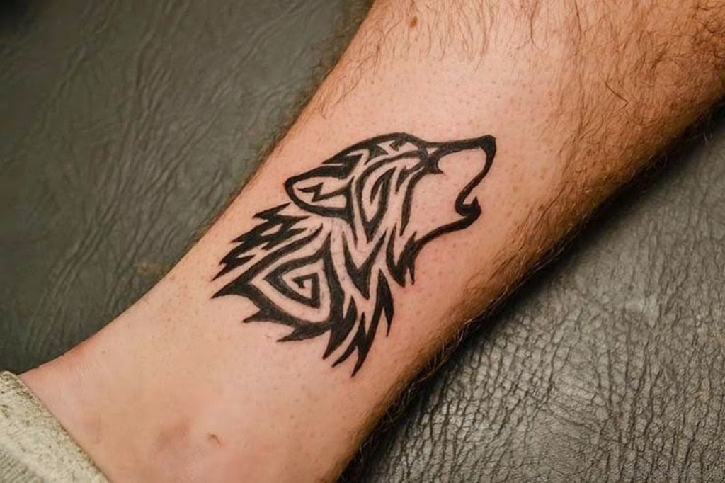 41 Marvelous Wolf Tattoos For Leg