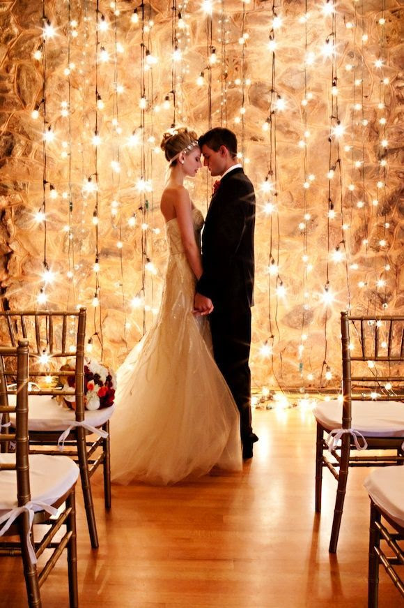 romantic hanging strands of light #wedding #lighting
