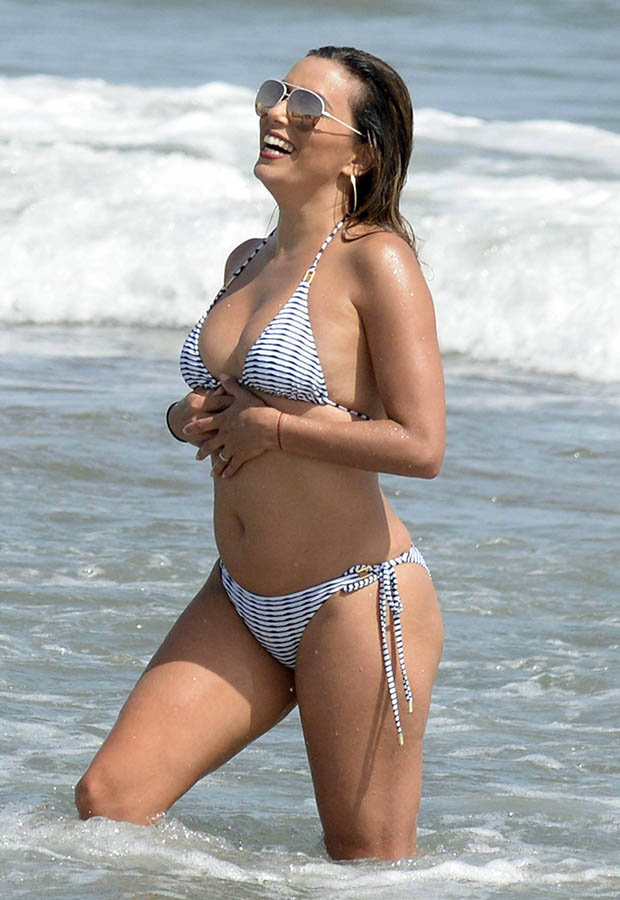 Eva Longoria in hot bikini going wet and wild