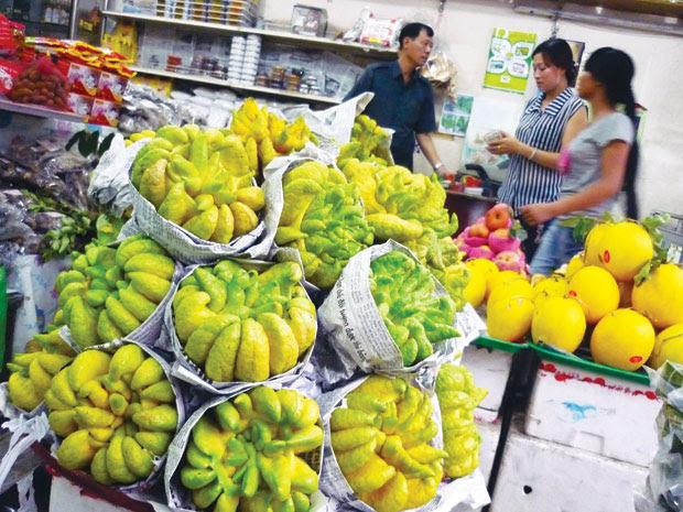 Trái phật thủ bán tại cửa hàng trên đường Trần Quốc Toản.