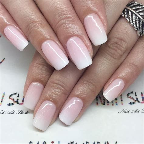 Lovely Wedding Nails to Try This Season