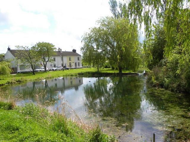 Kilham Village Pond Gordon Hatton Cc By Sa 2 0