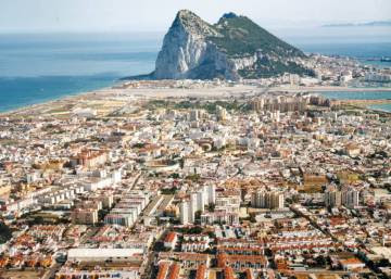 Life around Gibraltar: one line, two very different worlds