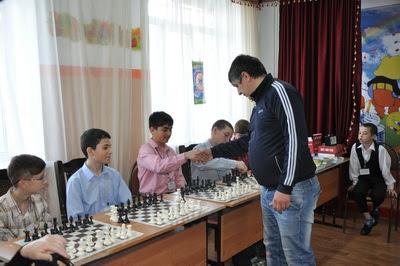 Картинки по запросу фото шахматный урок в ДЮСШ