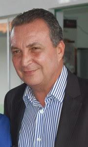 Luis Fernando é candidato governista