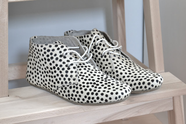 New in by belgium fashion blogger turn it inside out: maruti dotted dots shoes faux fur pony hair