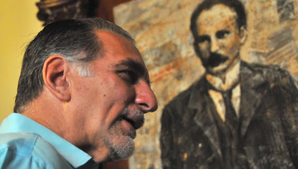 René González en la sede la Unión de Periodistas de Cuba, en septiembre de 2014. Foto: Ricardo López Hevia/Cubadebate.