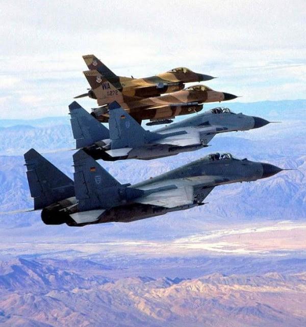USAF F-16 vs MiG-29 luftwaffe
