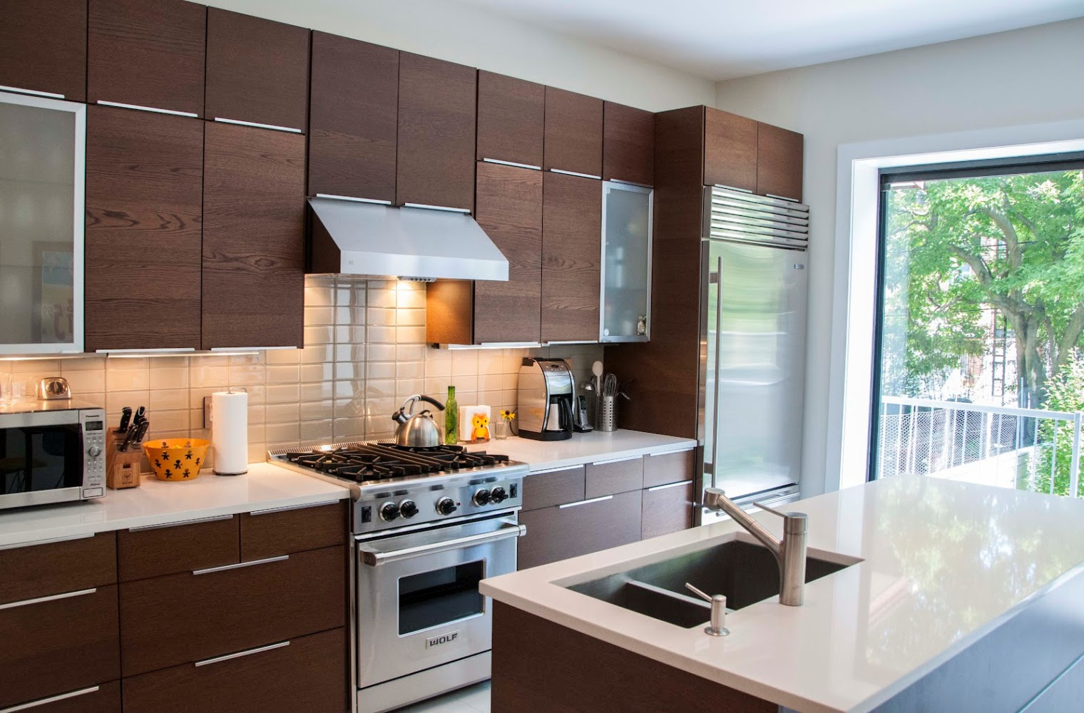 Minimalist IKEA Kitchen Cabinet Selection in Lighter Tone ...