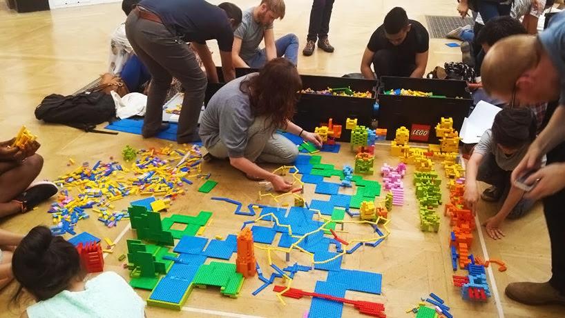 zaha-hadid-LEGO-buildings-designboom008
