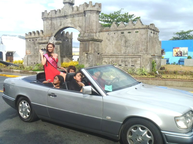 Mercedes Benz Convertible with Mutya ng Olongapo Faith Garcia