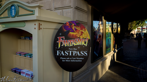 Disneyland Resort, Disneyland, Main Street U.S.A., Christmas Time, Christmas, Fantasmic, FastPass, Sign