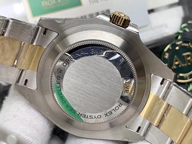Replica Rolex 126630 Case Back