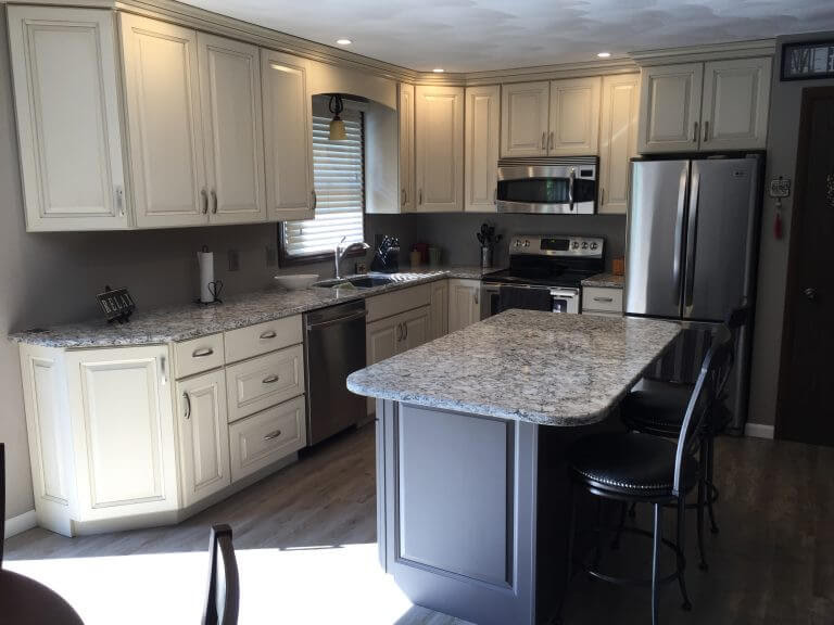 Before And After - Kitchens By Diane - Rockford, IL ...