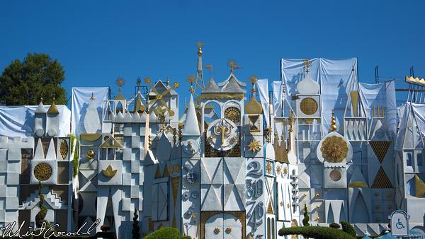 Disneyland Resort, Disneyland, it's a small world, Facade, Scaffolding, Refurbishment, Refurb, Refurbish
