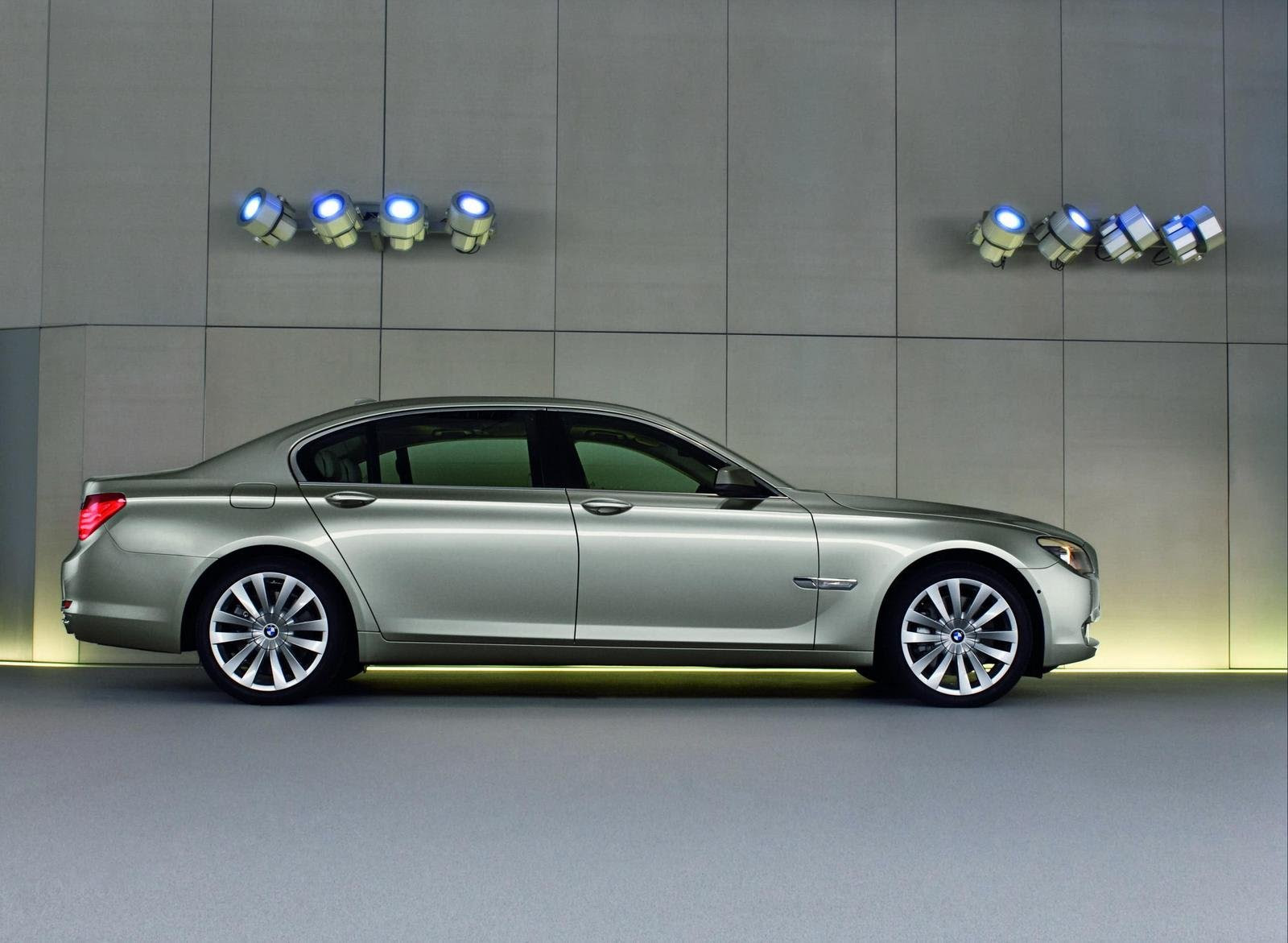 2009 BMW 7-Series wallpaper image free wallpaper download: