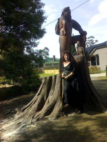 2006 Dec statues