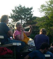Another Knitter in the Crowd