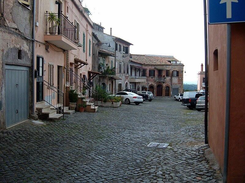 File:San Vittorino Romano 10.JPG