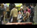 Un video de facebook en directo capta el momento en el que cae un árbol y mata a 13 personas