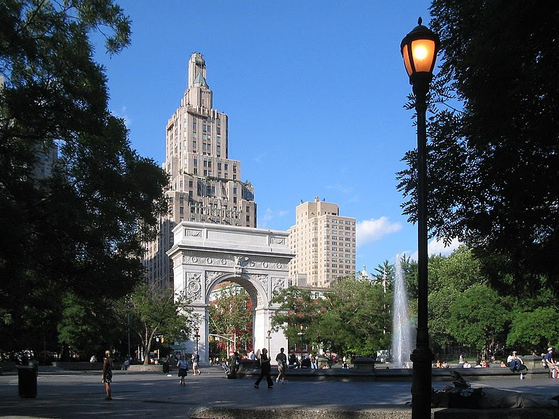 File:Washington square park.jpg