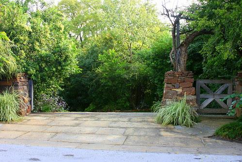 hobbit house driveway