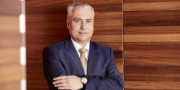 Ingmar De Vos réélu à la présidence de la Fédération Equestre Internationale