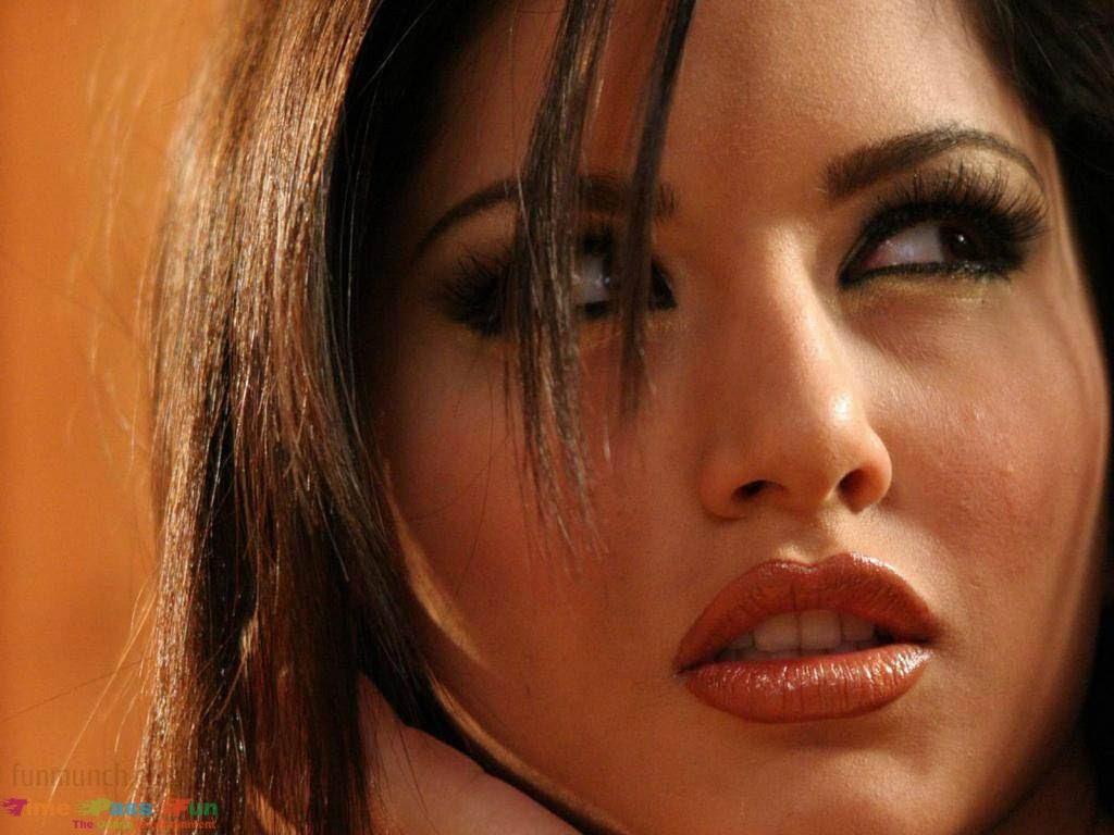 Sunny-Leone-Bollywood