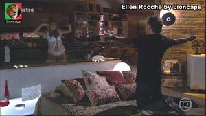 Ellen Rocche sensual na novela Astro e na serie Malhação