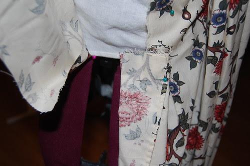 Cotton Print Sacque 3