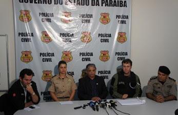 Polícia concedeu coletiva para falar da Operação Esqueleto (Foto: André Resende)