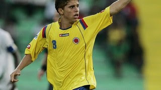 Cuellar em ação na seleção sub-17 da Colômbia (Foto: Divulgação Fifa.com)