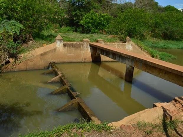 Captação de água em Olímpia: racionamento há cinco semanas (Foto: Divulgação / Prefeitura de Olímpia)