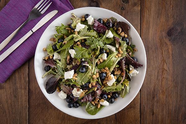 Uno Pizzeria & Grill: Entree Salads