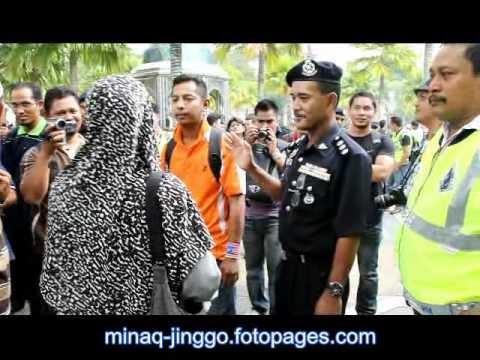 Aksi-aksi menarik demo haram Bersih!