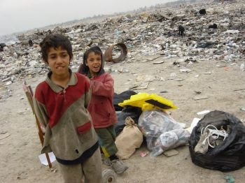 photo Iraq_-_Over_20_percent_of_Iraqis_live_below_the_poverty_line_zps50ab8c08.jpg