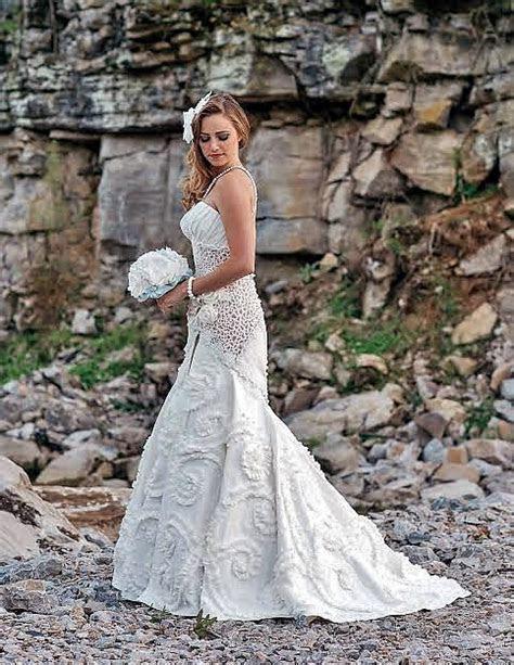 Toilet Paper Wedding Dress Contest   CHWV