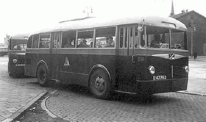 1960 Ford Trambussen werden ingezet op de stadsdienst Hengelo. Op de foto bus 59.